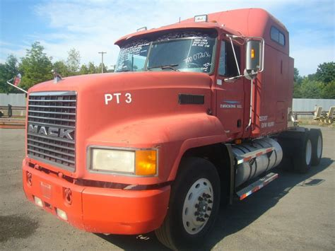 Mack Sleeper Cab For Sale by 1998 Mack Ch613 Tandem Axle Sleeper Cab Tractor For Sale