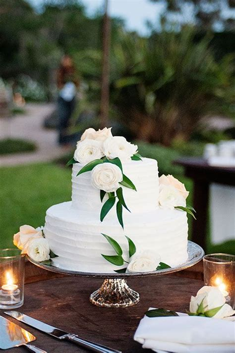 Backyard Wedding Cake Ideas by 40 Awesome Backyard Wedding Ideas Weddingomania
