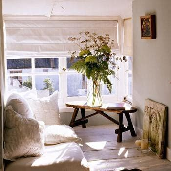 minimalist home decorating ideas the cozy minimalist