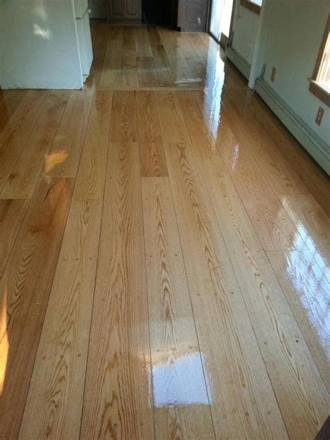 Pegged Hardwood Floors by 7 Quot Pegged Oak Hardwood Floors In Hudson Ma Central