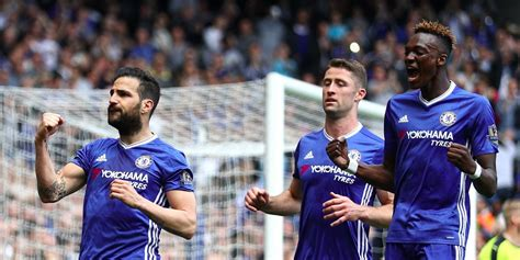 epl highest paid player the highest paid football players in the premier league