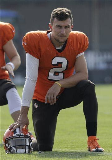 johnny football problems off the field msnbc manziel s sore elbow may cause even bigger problems
