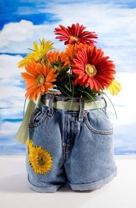 recycled jeans planters | thriftyfun