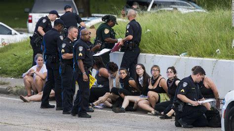 Baton Louisiana Arrest Records Falcon Heights Shooting Livestreams Aftermath Cnn