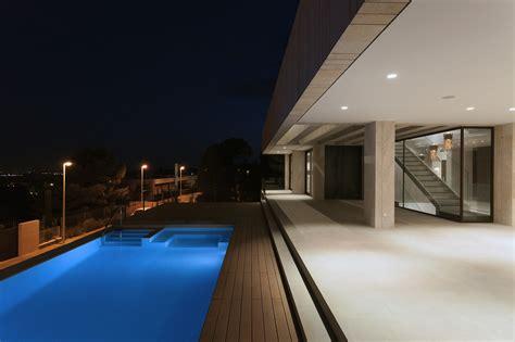 Backyard Tree House Cool Square Shaped Swimming Pool Inside Monasterios