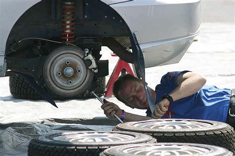 Auto Machenic by File Auto Mechanic Jpg