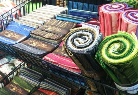 Quilt Shop Leclaire Iowa by Shop Hop Expressions In Threads Leclaire Iowa Quilt Addicts Anonymous