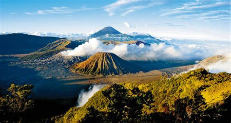 wisata gunung bromo wisata gunung bromo yang indah dan eksotis wisata