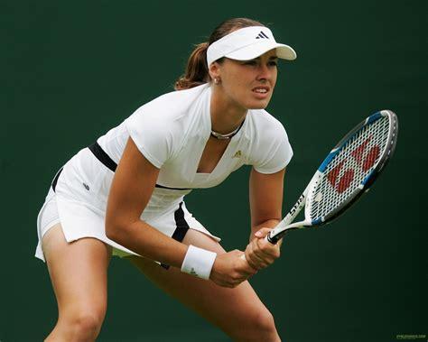 tennis player pictures martina hingis