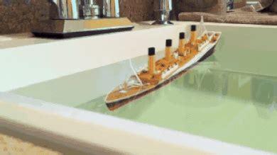 sinking boat gif titanic sinking gif tumblr
