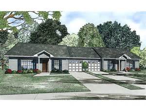 Split Floor Plans Duplex House Plans Ranch Duplex Plan 025m 0084 At