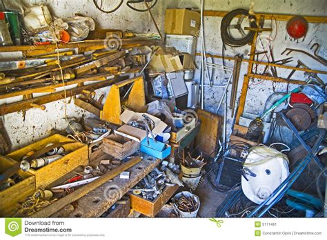 werkstatt chaos workshop stock image image of disarray mess wood