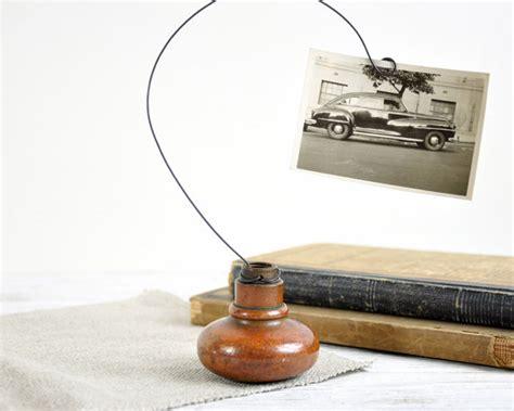 Door Knob Holder by Vintage Door Knob Photo Holder Wire Photo Holder By