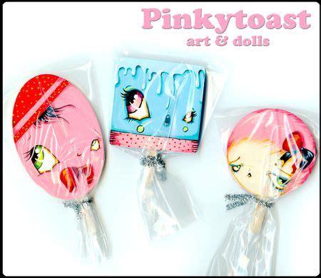 pinkytoast and dolls pinkytoast