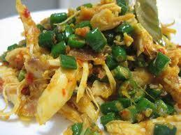 resep lawar ayam khas bali resep makanan indonesia