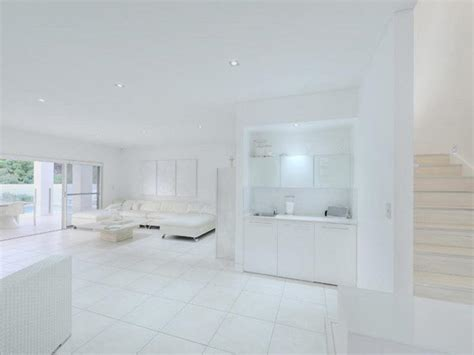 completely white home design queensland australia