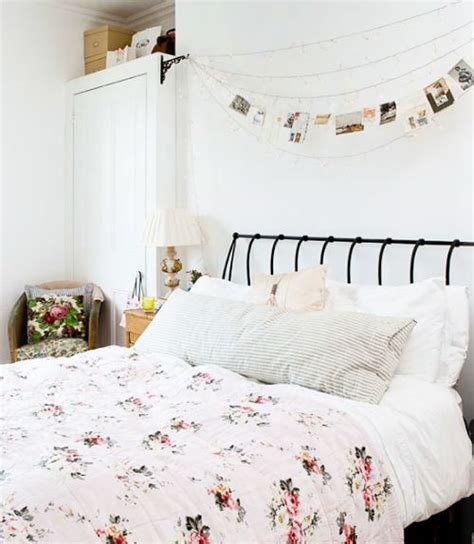 where to buy twinkle lights for bedroom a couple lines of baker s twine across the blank bedroom wall plus some mini
