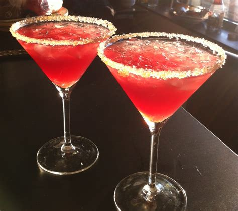 martini perfect cosmopolitan mixed drinks