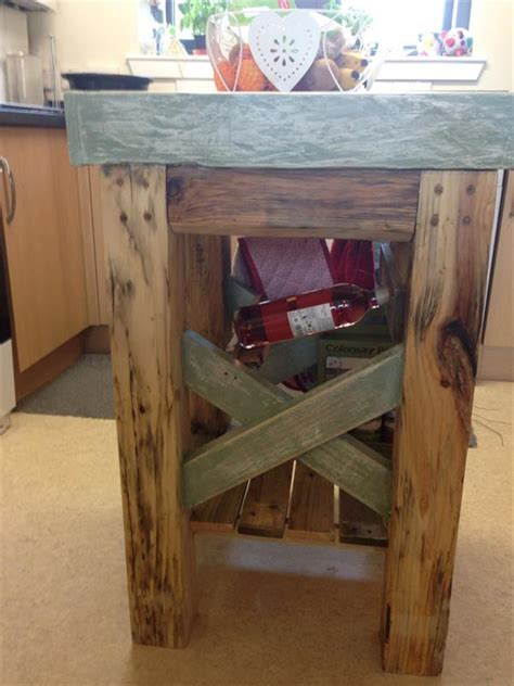 Make Your Own Dining Room Table diy pallet kitchen island table wooden pallet furniture