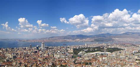 A seismic swarm in progress in Western Turkey, near Izmir