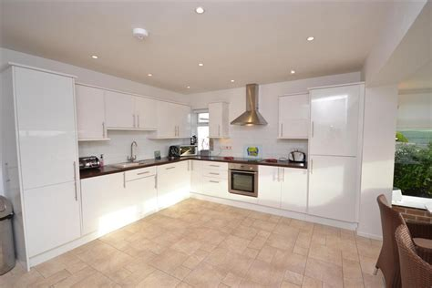 Seascape Kitchens by Seascape Thurlestone Toad Cottages