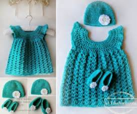 Perfect for baby a shower there s a free pattern here