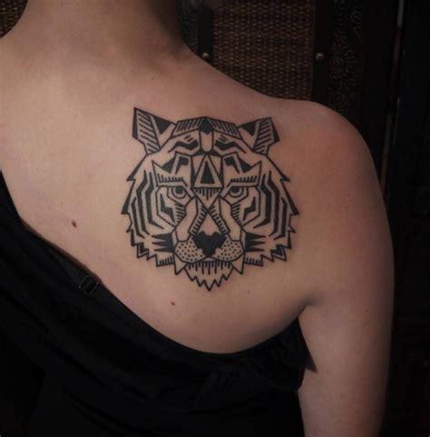 tattoo geometric tiger geometric tiger tattoo tatuata