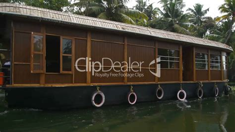 houseboat video houseboat lizenzfreie stock videos und clips