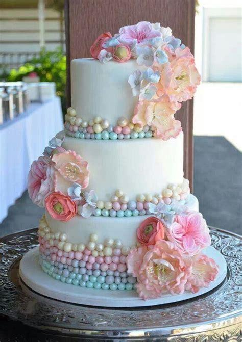 Hochzeitstorte Pastell by Pastell Hochzeit Pastell Hochzeitstorte 2070197 Weddbook