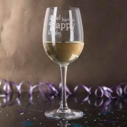 personalised wine glass happy birthday gettingpersonal
