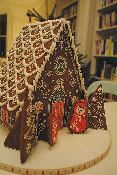 simple gingerbread house 25 best ideas about gingerbread houses on pinterest gingerbread house decorating