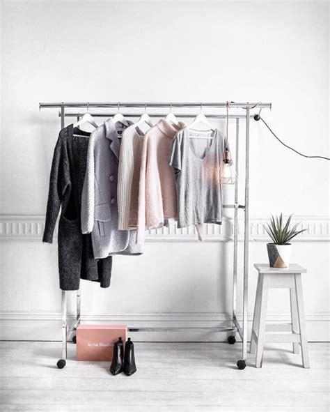 Rak Gantungan Baju Ikea Rigga begini cara menggantung pakaian yang instagramable