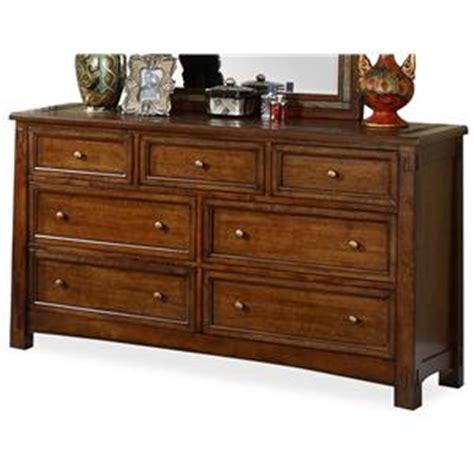 Riverside Furniture Craftsman Home Lift Top Coffee Table Riverside Furniture Craftsman Home Wardrobe