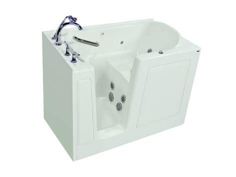 walk in bathtubs canada 32 x 38 right door white soaking walk in bathtub hd3238rws