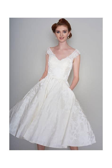 V Neck Wedding Dresses Uk by V Neck Wedding Dress Gallery Wedding Dress Decoration