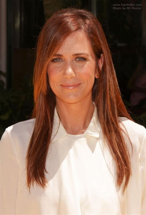 hairstyles for hair just past the shoulders kristen wiig long way past shoulder length hair for