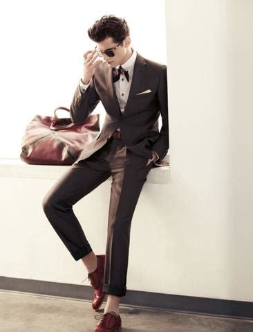 becoming a gentleman tagged quot how to wear a suit with no socks quot forgetful gentleman custom