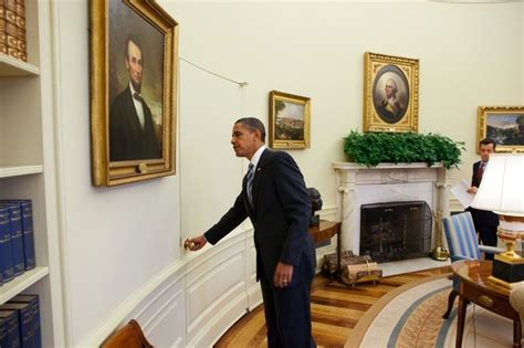 Office Years Why Doesn T The Oval Office Normal Doors Doors
