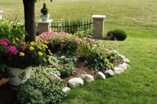 Rocks For Garden Borders Outdoor Gardening Trendy Rock Flower Bed Borders 2013