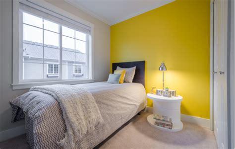 cat bilik tidur warna kuning desainrumahidcom