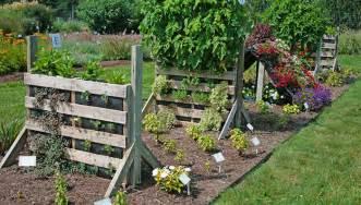 Garden Ideas With Pallets Northeast Gardening Diy Pallet Gardens