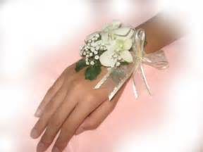 Wedding wrist corsage package w wedding bouquet only 5