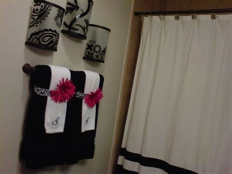 pink black and white bathroom decor information about rate my space questions for hgtv com
