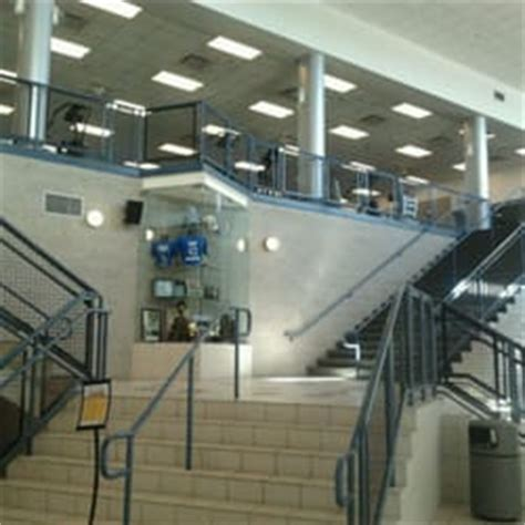 Lake Apartments New Orleans Phone Number Uno Recreation Fitness Center Recreation Centers