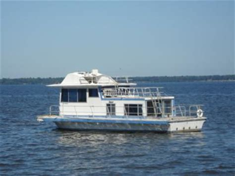 house boat props replacement houseboat propellors what size and where to