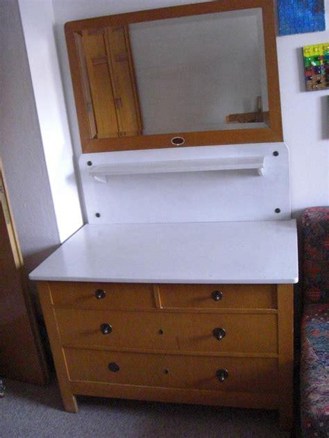 alter waschtisch mit marmorplatte und spiegel - Alter Waschtisch