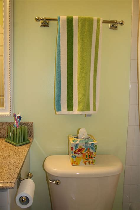 how to make a small bathroom work how to make a small bathroom work making a small kids