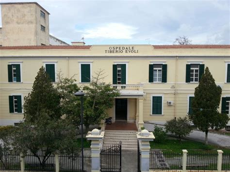 ospedale di melito porto salvo file ospedale tiberio evoli melito di porto salvo jpg