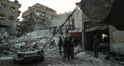al menos 36 muertos en fuertes bombardeos en el este de bombardeos cerca de damasco dejan 36 muertos y 135 heridos