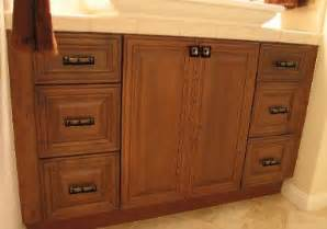 Bathroom Vanity Pulls And Knobs Knobs And Pulls On Bathroom Vanity With Uneek Glass Fusion